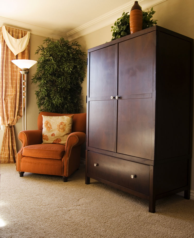 Carpet Armoire